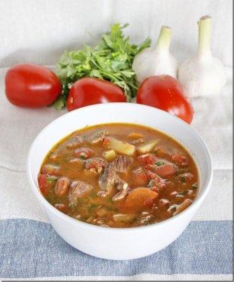 Суп-рагу из баранины с красноватой фасолью