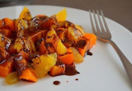 Сладостный салат из тыквы и апельсина