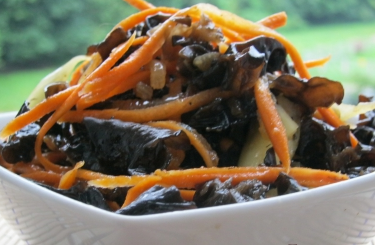 Салат из грибов муэр